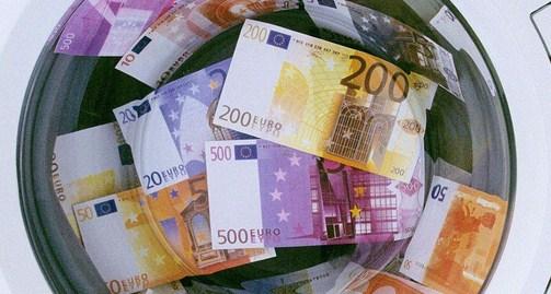 Борьба ЕС с отмыванием денег и финансированием терроризма: новые риски и меры